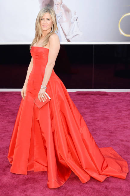 Jennifer Aniston was a welcomed sight on the red carpet (her first appearance in four years!) in a Valentino red gown.
