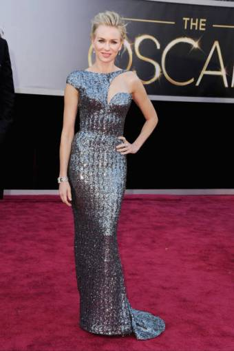 Best Actress nominee Naomi Watts was electrifying in an Armani Prive gown, complete with a pair of Jimmy Choos.